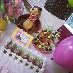 Risultati immagini per masha and bear birthday table Baby Birthday Cakes, Bear Birthday, Birthday Table, 4th Birthday Parties, Aloha Party, Masha And The Bear, Baby Shower Prizes, Bear Party, Party Rock