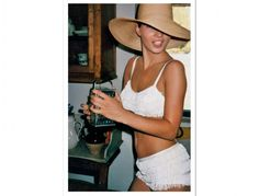 Kate Moss, hat, white fringe bikini See other ideas and pictures from the category menu…. Faneks healthy and active life ideas Kate Moss Style, Moss Fashion, Queen Kate, Image Fashion, Stephanie Seymour, Carla Bruni, Jane Birkin, Catherine Deneuve, High Fashion