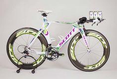 pro triathlete linsey corbin brings custom painted scott triathlon bike and matching big sky beer to kona ironman world championships