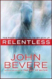 John Bevere wants to take you on a journey to unlock your tenacity. As he recounts the stories of Jesus and John the Baptist, as well as those of many contemporary believers, he presents a powerful pattern: These pillars of faith do not just hang on and survive troubles. They look adversity in the face and stare it down.