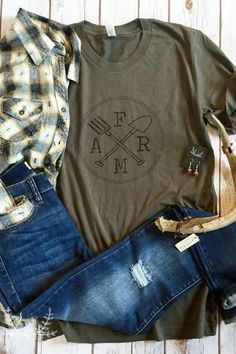 """Rustic Honey Label brings you another farm-inspired tee! This olive tee is soft and comfy with a unisex fit! Similar fit to our best-selling """"Be My Light"""" Tee. The print features our exclusive design Country Boutique, A Boutique, Trendy Outfits, Fall Outfits, Cute Outfits, Farm Clothes, Country Outfits, Country Fashion, Farm Fashion"""