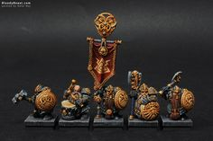 So this is unit of Dwarf Longbeards that took Place in Warhammer Fantasy Regiment Category at The Fang 2014 Painting Competition and also it took The Best Of Show title. Figurine Warhammer, Warhammer 40k Figures, Warhammer Paint, Warhammer Fantasy, Fantasy Dwarf, Fantasy Model, Fantasy Battle, Fantasy Races, Dungeons And Dragons Figures