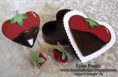 Chocolate Covered Strawberry Card and Box Strawberry Crafts, Strawberry Box, Valentine Day Love, Valentine Crafts, Valentines, Strawberry Drawing, Chocolate Dipped Strawberries, Stamping Up Cards, Wedding Cards