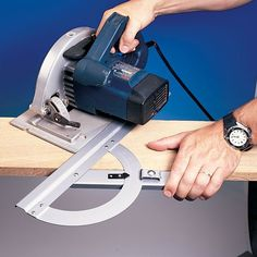 5 Considerate Clever Hacks: Woodworking Cabinets Tips woodworking tools saw products.Woodworking Tools Workshop Videos wood working tools table saw.Woodworking Bench On Wheels. Woodworking Basics, Woodworking Workshop, Fine Woodworking, Woodworking Crafts, Woodworking Bench, Woodworking Software, Woodworking Chisels, Youtube Woodworking, Woodworking Equipment