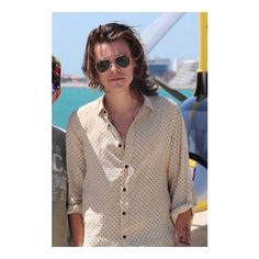 harry We Heart It ❤ liked on Polyvore featuring harry styles, one direction and harry