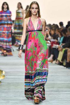 Milan Fashion Week Day 4 Roberto Cavalli Spring/Summer 2015 Ready to wear 20 September 2014 Roberto Cavalli, Fashion Show, Fashion Outfits, Fashion Trends, Milan Fashion, Women's Fashion, Fashion Details, Street Fashion, Josephine Le Tutour