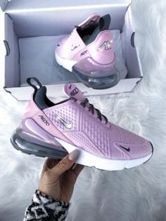Dr Shoes, Cute Nike Shoes, Cute Sneakers, Hype Shoes, Shoes Sneakers, Shoes Sandals, Flat Shoes, Tennis Sneakers, Mules Shoes
