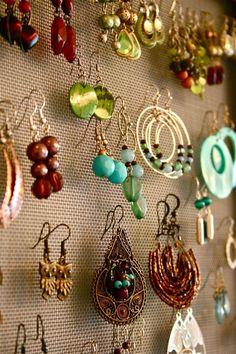 DIY: Project: Thrifted Frame Earring Organizer by Dream Green DIY