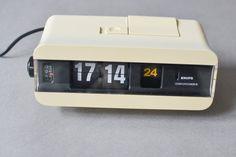 Vintage Krups tapez 625 flip clock réveil blanc par MightyVintage