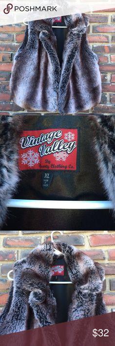 Vintage Valley Faux Fur Vest XL Vintage Valley Faux Fur Vest, size XL, Collared, hook and eye closure in front , 2 front side slide pockets one on each side. Vintage Valley Jackets & Coats Vests