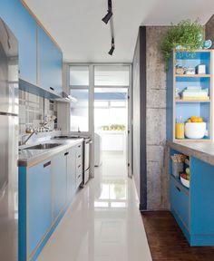 dicas para cozinha corredor - iluminação + gabinetes sem puxador