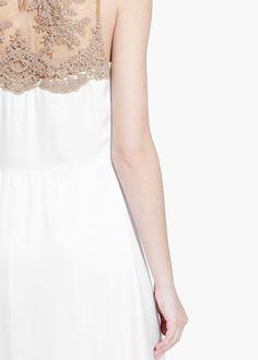 Długa sukienka z koronką