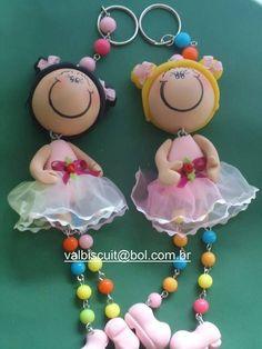 Boneca Chaveiro em biscuit