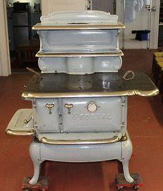 1869 caboose pot belly coal stove capacities amounts fuel - Western mass craigslist farm and garden ...