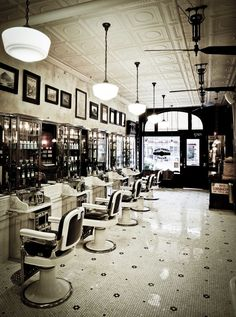 retro barber interior - חיפוש ב-Google