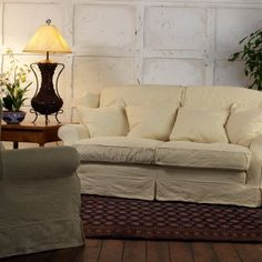 Tetad Amalfi loose cover sofa would allow summer cover and winter cover to make room light and fresh in summer and cosy and warm in winter