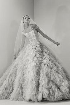 Ziedaar! Alle jurken uit de nieuwe bruidsjurkencollectie van Elie Saab