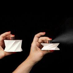 Kartonnen parfumflesje | Nikolo Kerimov, Finland