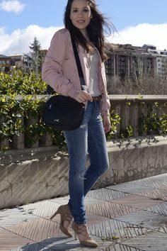 pink-bomber-rosa-look-blogger-fashion-jeans-outfit #kissmylook