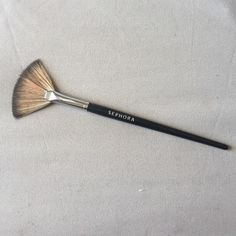 sephora pro fan brush 65 used twice- will be cleaned before shipment. no trades and authentic! Sephora Makeup Brushes & Tools