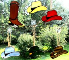 Cowboy Hats!!! Perfect as suncatcher, ornament or hanging from your rearview mirror!! www.swankyglass.com