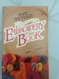 Simply the BEST embroidery book.Used by many colleges.