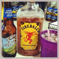 Angry Balls: 1 shot fireball + 1 bottle angry orchard = Apple Pie This may not be a craft, but i thought it was right up your alley Summer Drinks, Fun Drinks, Alcoholic Drinks, Beverages, Apple Pie Drink, Cocktail Recipes, Cocktails, Angry Orchard, Thirsty Thursday