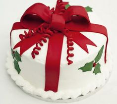 Christmas Present Birthday Cake Packed With Simple And Beautiful Cake Holiday Ca. Christmas Present Birthday Cake Packed With Simple And Beautiful Cake Holiday Cakes Cake Simple And Christmas Cake Designs, Christmas Cake Decorations, Christmas Cupcakes, Christmas Sweets, Holiday Cakes, Christmas Cooking, Christmas Goodies, Simple Christmas, Xmas Cakes