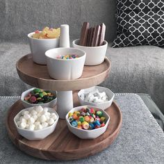Repost from: home2home.no ᔕᗩTᑌᖇᗪᗩY 🍬 home2home.no#home2home_no #hjemmeh2h #hubschinterior #inspo #interior #interiør #interior123 #interiørmagasinet #interior_and_living #lørdag #madamstoltz #snop #nettbutikk #saturday #smak #snacks #livingroom