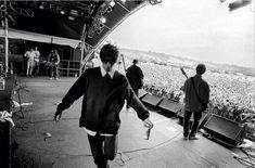 Oasis at Glastonbury Gene Gallagher, Liam Gallagher Oasis, Oasis Live Forever, Oasis Band, Britpop, Best Rock, Wonderwall, Paul Mccartney, Music Bands