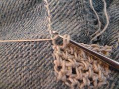 Plaidipus mound: crochet patch
