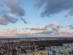 ÖSTERREICH-Wien-5.2.2020-16:42 Uhr Beautiful Sky, Travelling, Dolores Park, Clock