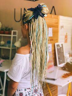 Dread Hairstyles, Hairdos, String Hair Wraps, Half Dreaded Hair, Hair Inspo, Hair Inspiration, Partial Dreads, Blonde Dreadlocks, Dread Braids