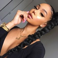 Really in love with the hair hair .Makeup And Hair On Point Baddie Hairstyles, Black Girls Hairstyles, Teenage Hairstyles, Dance Hairstyles, Gorgeous Hairstyles, Maquillage On Fleek, Curly Hair Styles, Natural Hair Styles, Pelo Afro