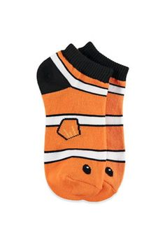 Clown Fish Ankle Socks from Forever Shop more products from Forever 21 on Wanelo. Funky Socks, Crazy Socks, Fall Socks, Boys Socks, Vans Outfit, Custom Socks, Novelty Socks, Happy Socks, Ankle Socks