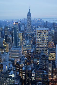 NYC .  Manhattan at dusk. 4 days.