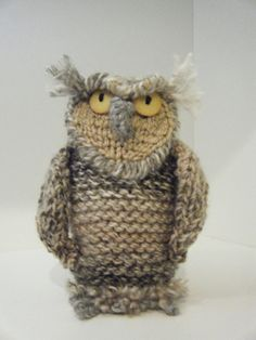 This hand knit, wise little owl stand 6 inches tall and has beautiful color variations in the yarn, giving him a realistic appearance. The eyes are Knitted Owl, Crochet Birds, Knitted Animals, Cute Crochet, Knit Crochet, Knitting Patterns, Crochet Patterns, Whimsical Owl, Knitted Flowers
