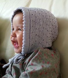 Béguin de Printemps Bonnet By Julie Partie - Free Knitted Pattern - (ravelry)