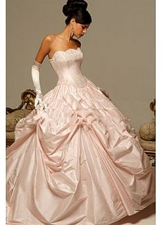 Beautiful Elegant Exquisite Taffeta Ball Gown Wedding Dress In Great Handwork