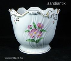 MESESZÉP KÉZZEL FESTETT NAGYMÉRETŰ HERENDI KASPÓ ! Hungary, Pots, Porcelain Ceramics, Cookware, Jars, Flower Planters