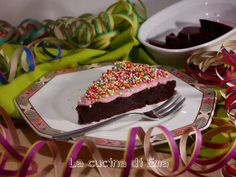 La torta al cioccolato e barbabietole rosse è un'autentica sorpresa, un abbinamento gustoso e sorprendente. Facile da preparare stupirà chiunque