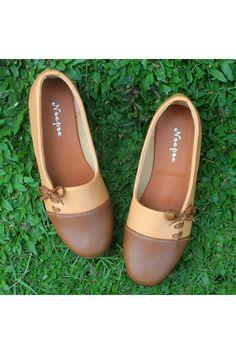 Belanja Yutaka Sepatu Wanita Keren - Cokelat Indonesia Murah - Belanja  Sepatu Balet di Lazada. 6ffd254fe3