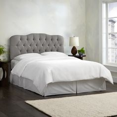 Deep diamond tufting adds an elegant touch to this upholstered headboard. Featuring smooth linen upholstery, this headboard steals the spotlight in your bedroom decor . This headboard requires easy as...
