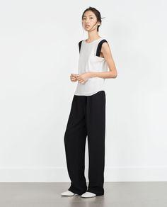 Imagen 1 de TOP SISA CONTRASTE de Zara