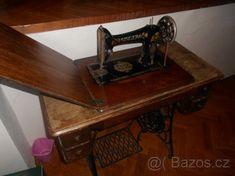 Prodám levně starý šicí stroj zn.SINGER - 1
