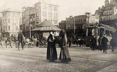 The Magic Cities&Nature Pictures Of Turkeys, Old Pictures, Old Photos, Turkey History, Istanbul City, Ottoman Empire, Historical Pictures, Old City, Nice View