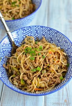 This recipe is dairy free, Slimming World and Weight Watchers friendly Slimming Eats Recipe Extra Easy – 2.5 syns per serving Hoisin Pork and Noodles Print Serves 2 Author: Slimming Eats Ingredients 200g.7oz of extra lean pork mince 100g/3.5oz of rice or egg noodles (or use spaghettini) 350g/12.5oz of broccoli slaw (if you can't...Read More »