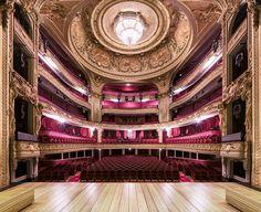 Symétrie du Spectacle – Photographier les plus belles salles de spectacle (image)
