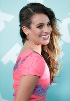 To the Left: 20 Sideswept Styles to Try This Summer: Usually reserved when it comes to her hair, Jennifer Aniston took her look to a new level with a chic braided undercut.  : Transform your beach waves for a night out with a simple twist behind the ear as seen on Lea Michele.