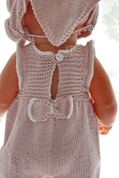 Knitting Dolls Clothes, Doll Clothes Patterns, Doll Patterns, Clothing Patterns, Knitting Patterns, Tricot Baby, Baby Born Clothes, Girl Dolls, Baby Knitting